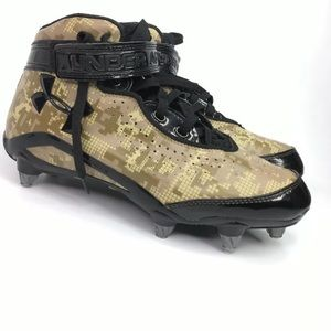 UNDER ARMOUR Camouflage and Black Cleats Size 8 US